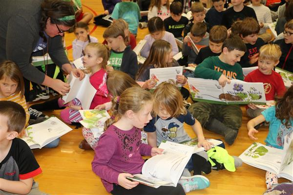 Unionville students learn about local author